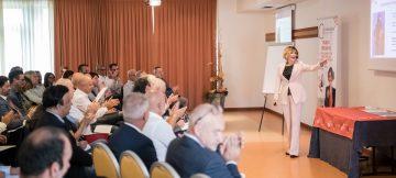 Chiara Alzati - Undici Motivi per cui sono diversa come Public Speaking Traiiner